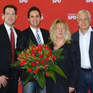Das Foto zeigt von links: Mark Krippner, Timo Schisanowski, Ramona Timm-Bergs und Thomas Michel